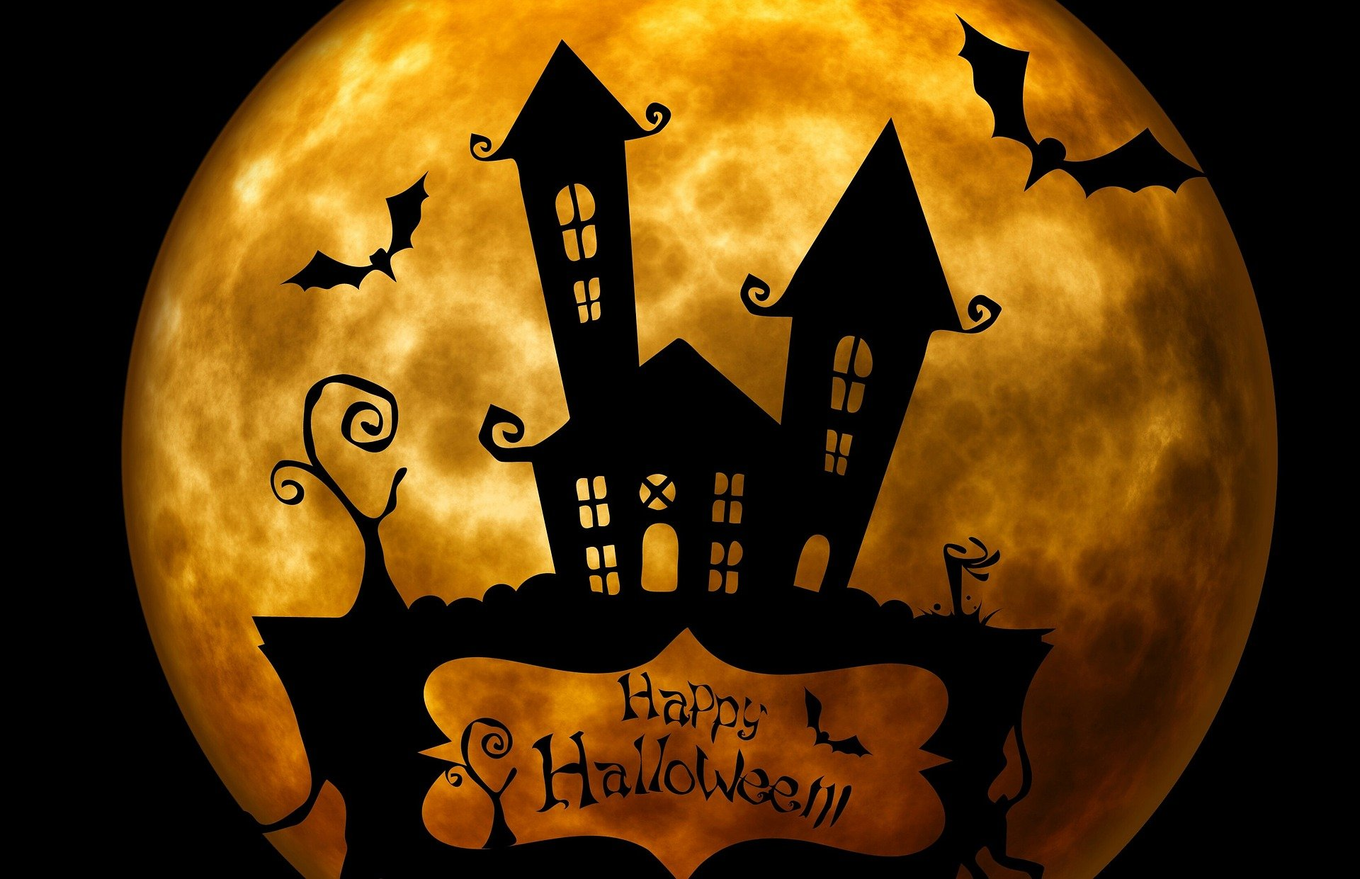 Halloween Flicks And Food- Why Not Host An Outdoor Screening?
