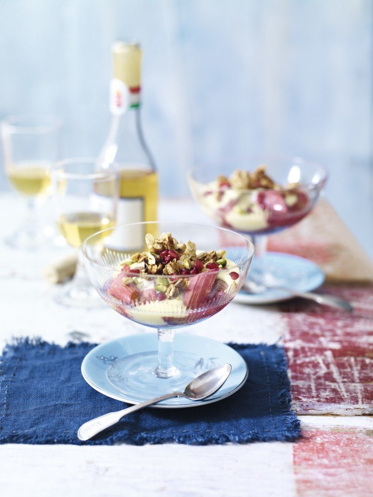 Roasted Rhubarb & Custard Crunch
