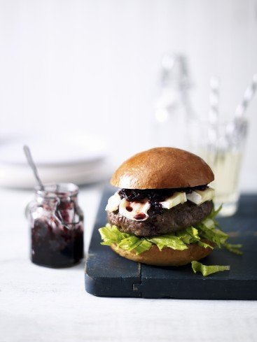 Recipe: Aberdeen Angus burgers with beetroot relish & Camembert
