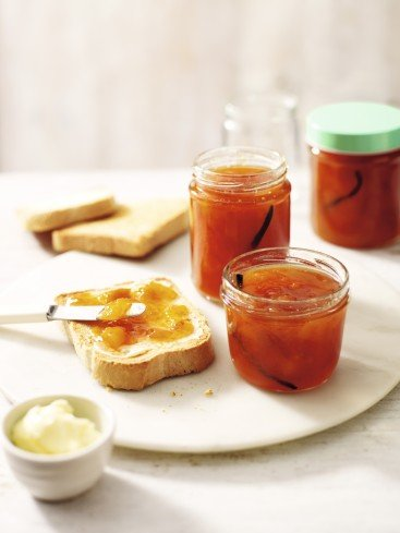 Recipe: Peach & Vanilla Jam