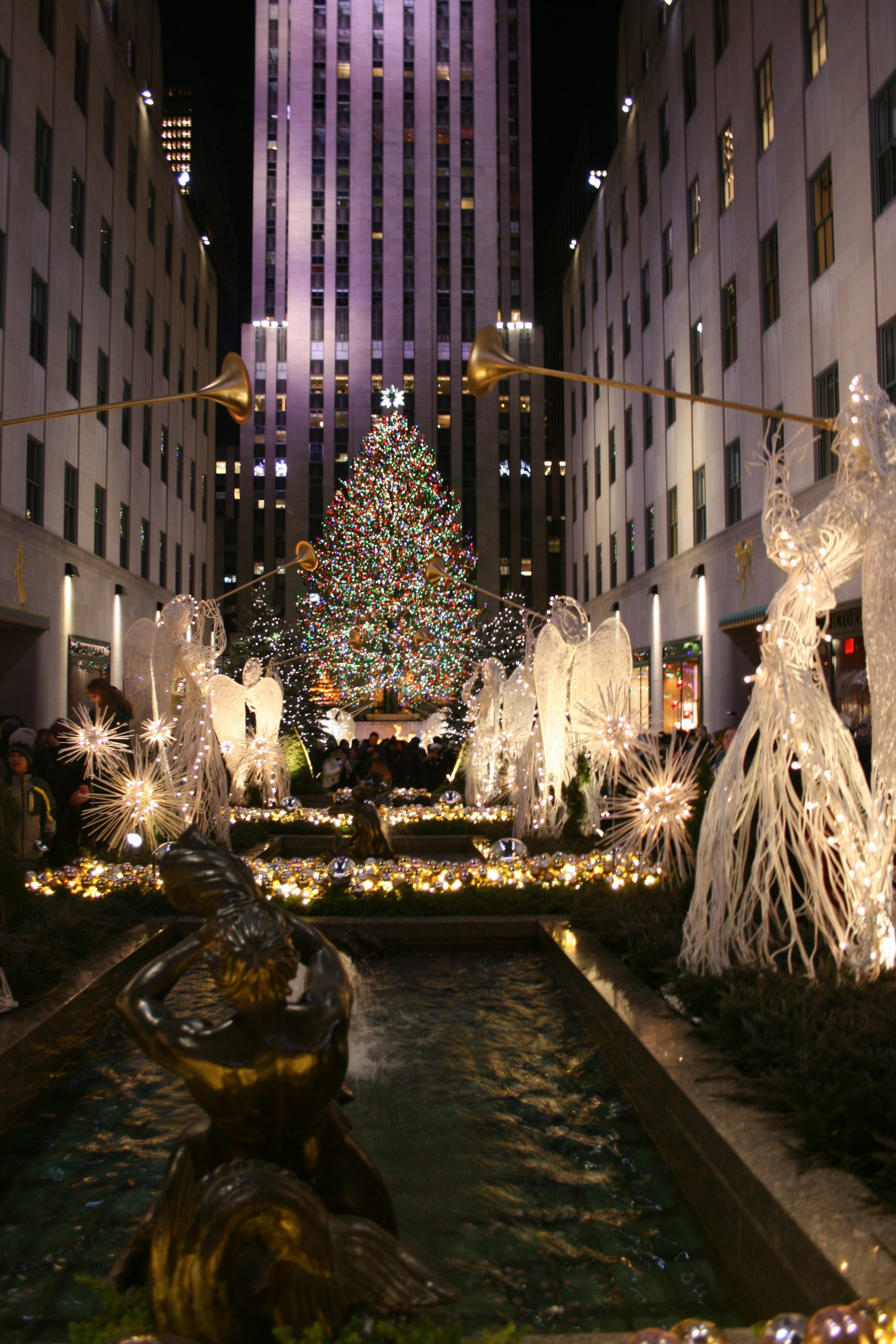Christmas in New York: The Ultimate Guide