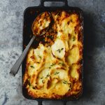 Recipe: ​Cottage Pie with Cauliflower Cheese Topping