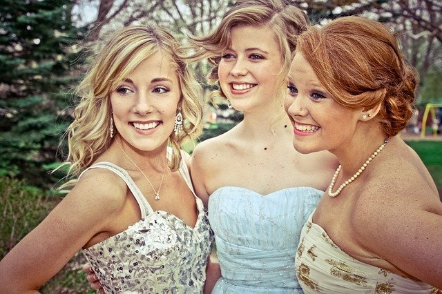 Prom Dressing: A Style Guide to Acing Your Prom