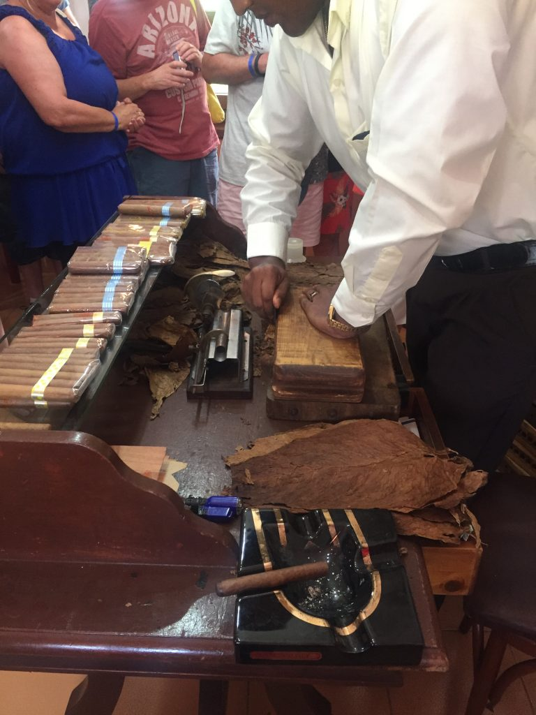 Cigar making Cuba Review