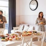 How to Be a Good House Guest, 4 Simple Rules