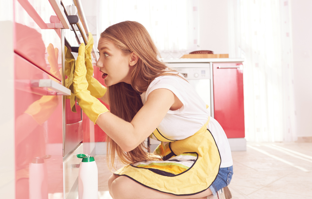 Effortless Ways To Clean Your Oven