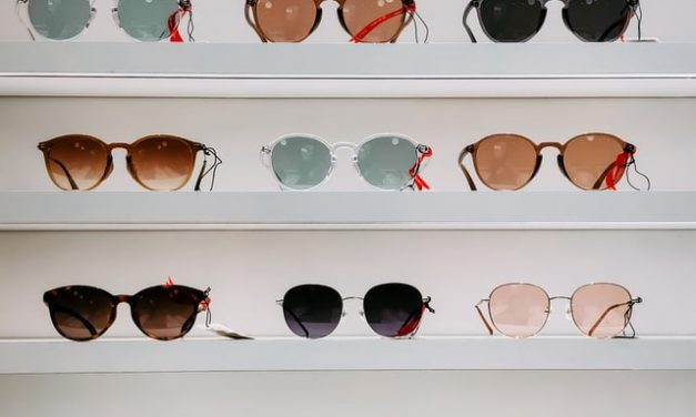 Sunglasses: The Frames That Will Suit You