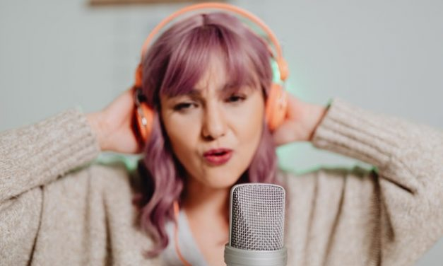 How to Learn Singing and Overcome Your Fears