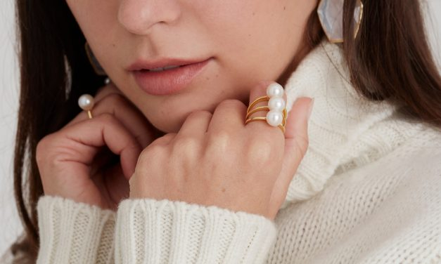 How to Layer Jewellery to Showcase Your Personality